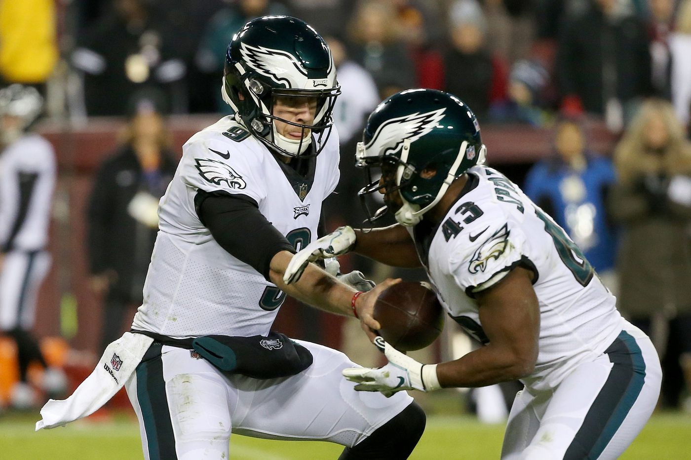 How Eagles' Nick Foles and Darren Sproles have gotten the Bears' attention