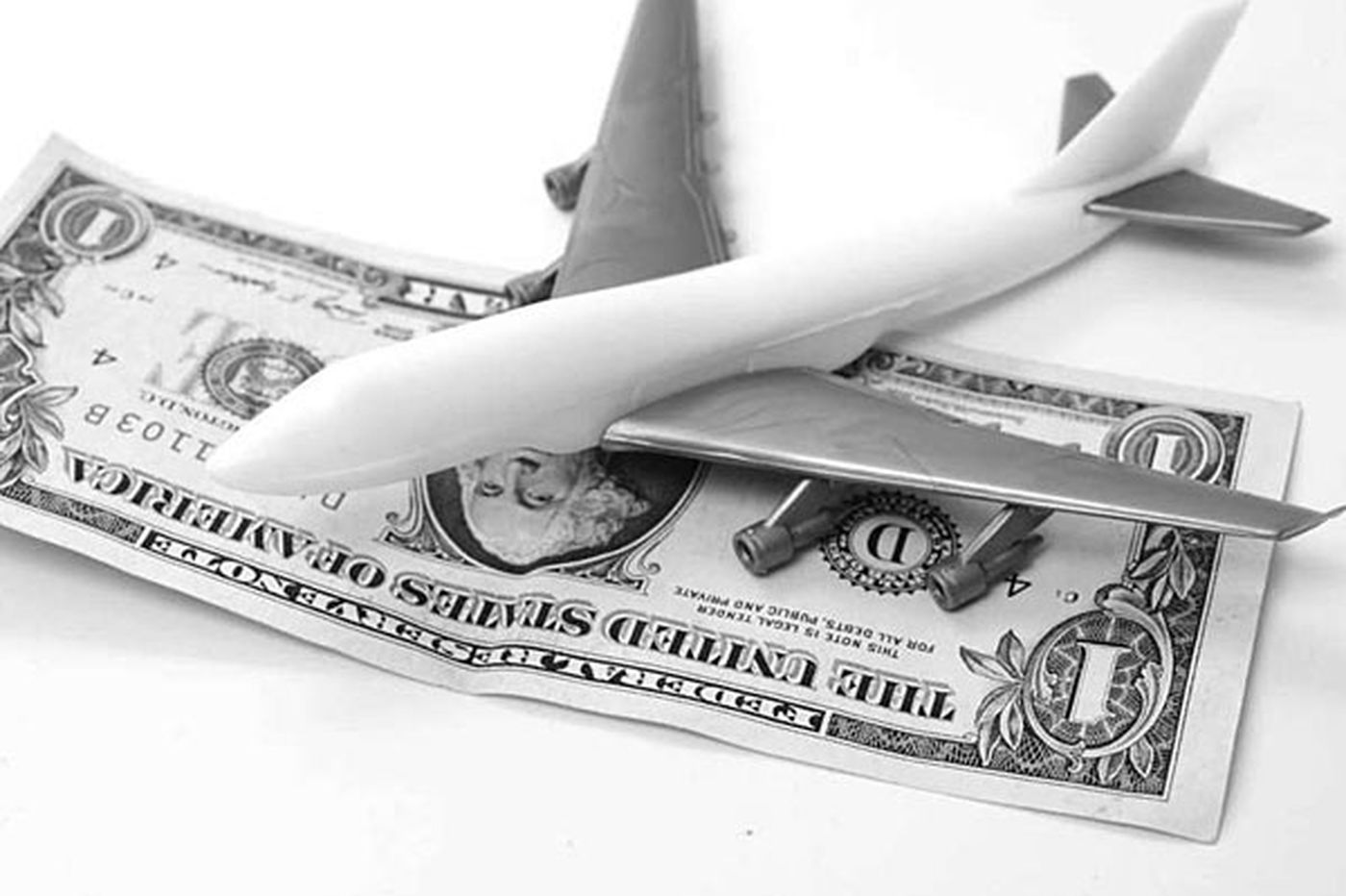 Pending 'transparency' bill would cloud airfare prices