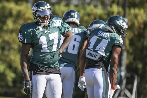 Like Carson Wentz, Eagles' Alshon Jeffery wants to move on from anonymous quotes controversy