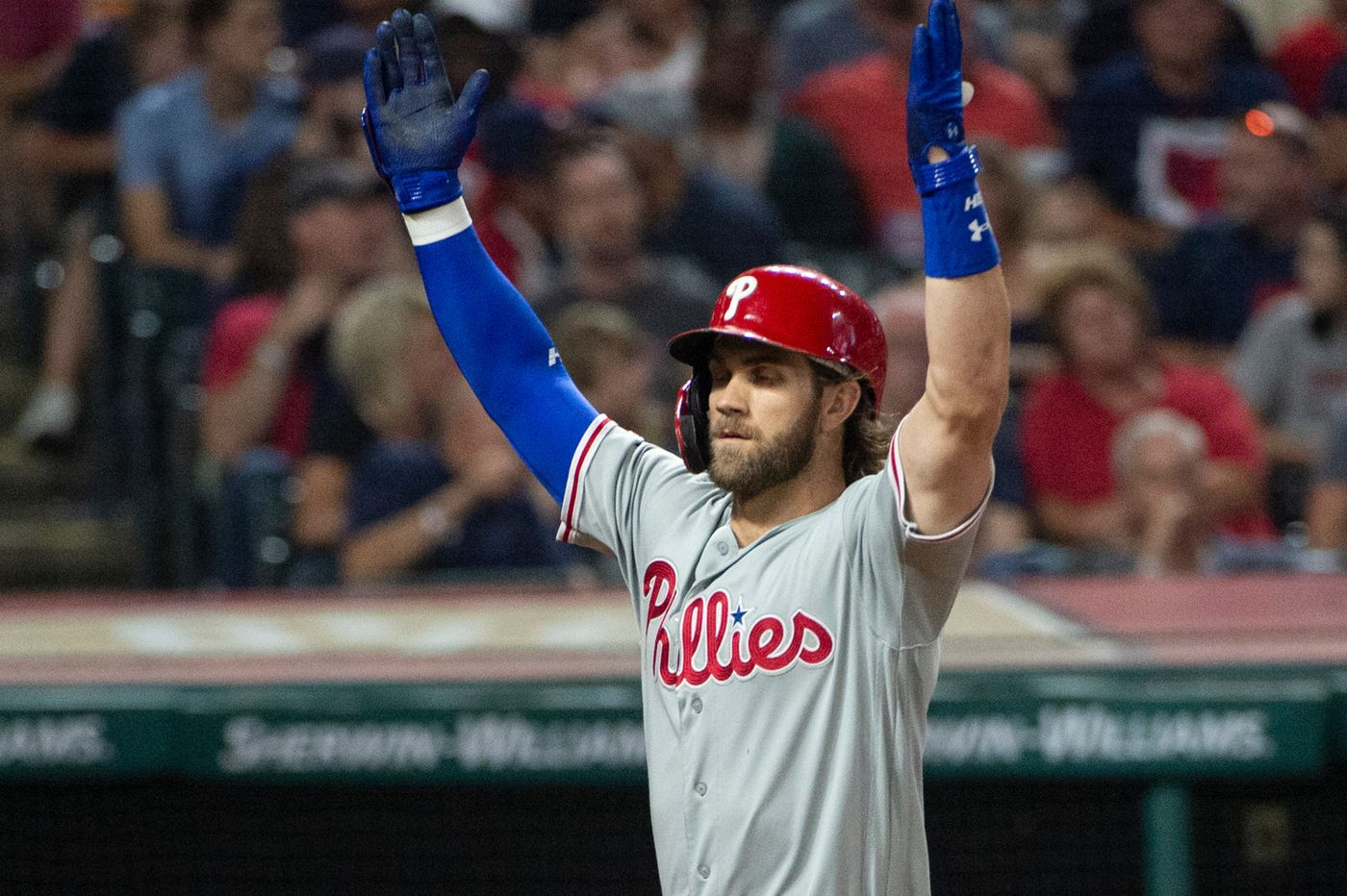 Bryce Harper leads Phillies' four-homer barrage in victory over Indians