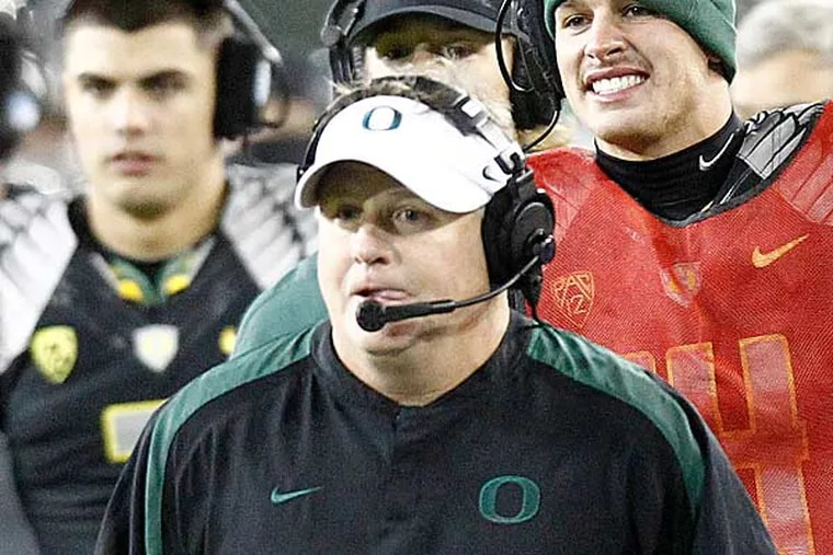Oregon football coach Chip Kelly is shown during their NCAA college football game against Stanford in Eugene, Ore., Saturday, Nov. 17, 2012.(Don Ryan/AP)