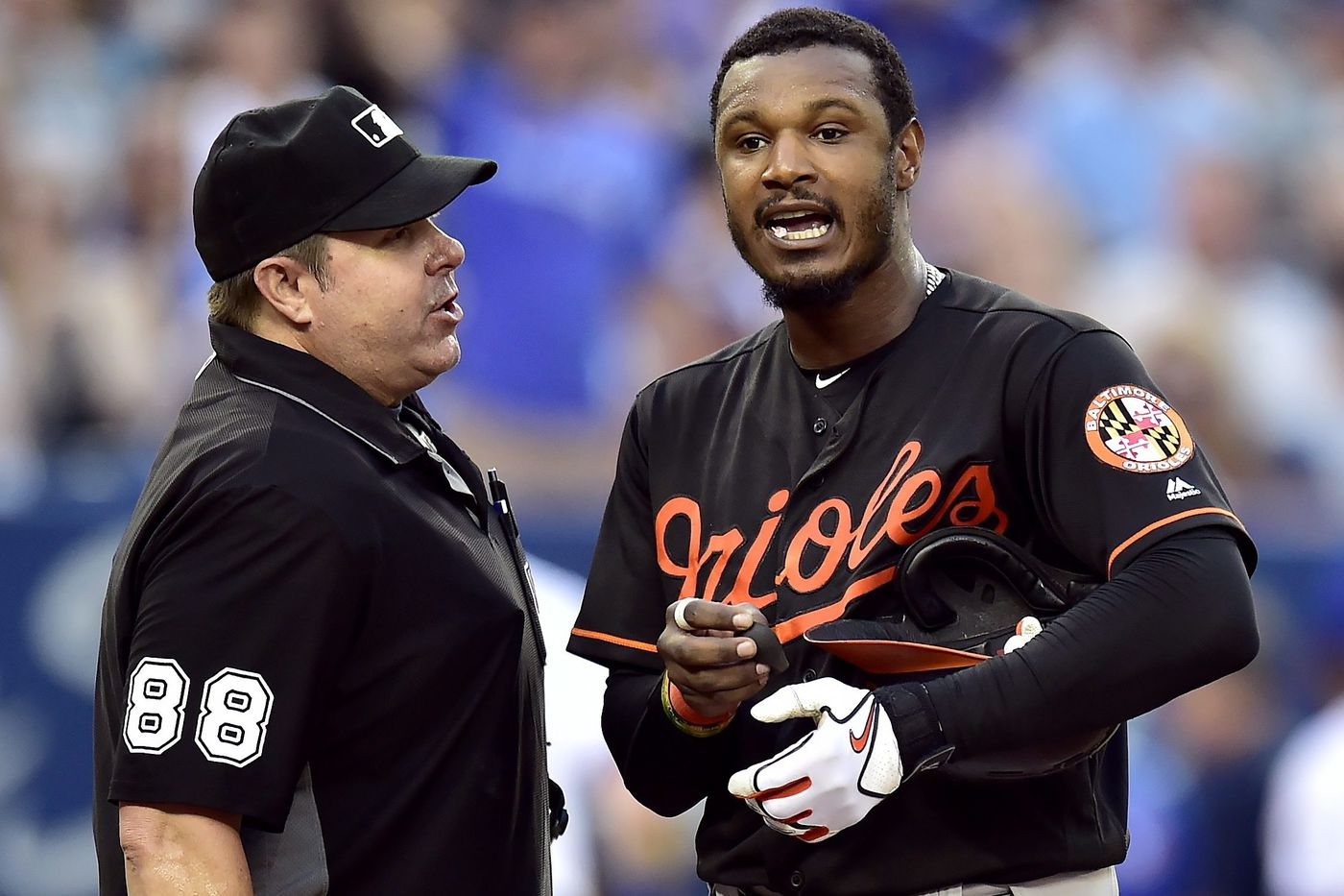 Sources: Phillies interested in Orioles' Adam Jones as trade deadline nears