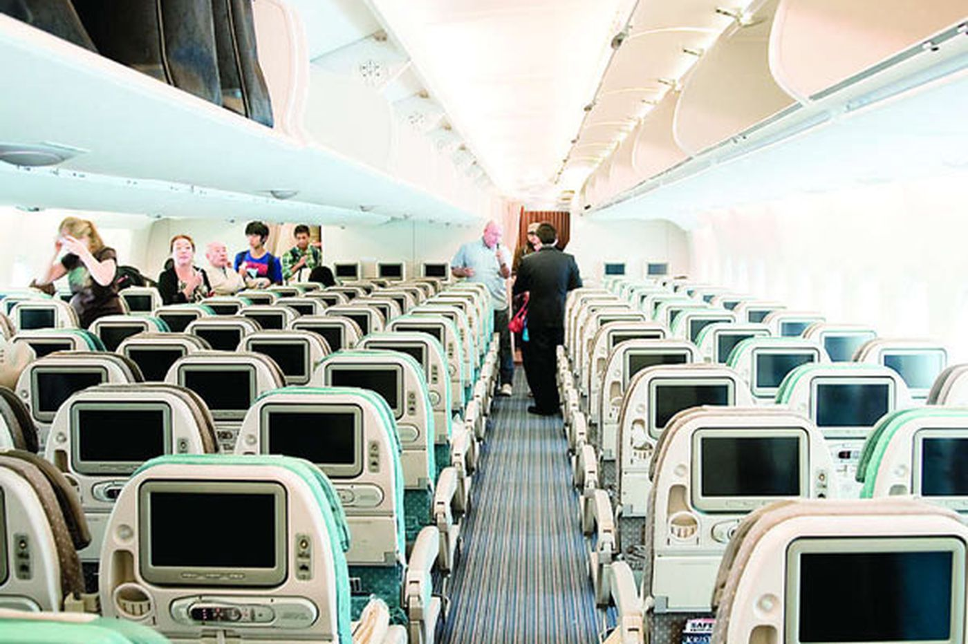 GreenSpace: Tips for combatting germs on airplanes