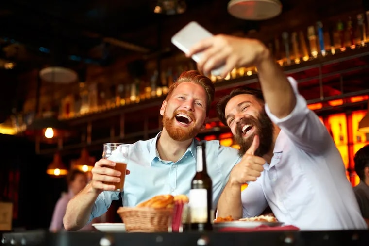 Binge drinking college students frequently use social media while drunk only to regret their posts.