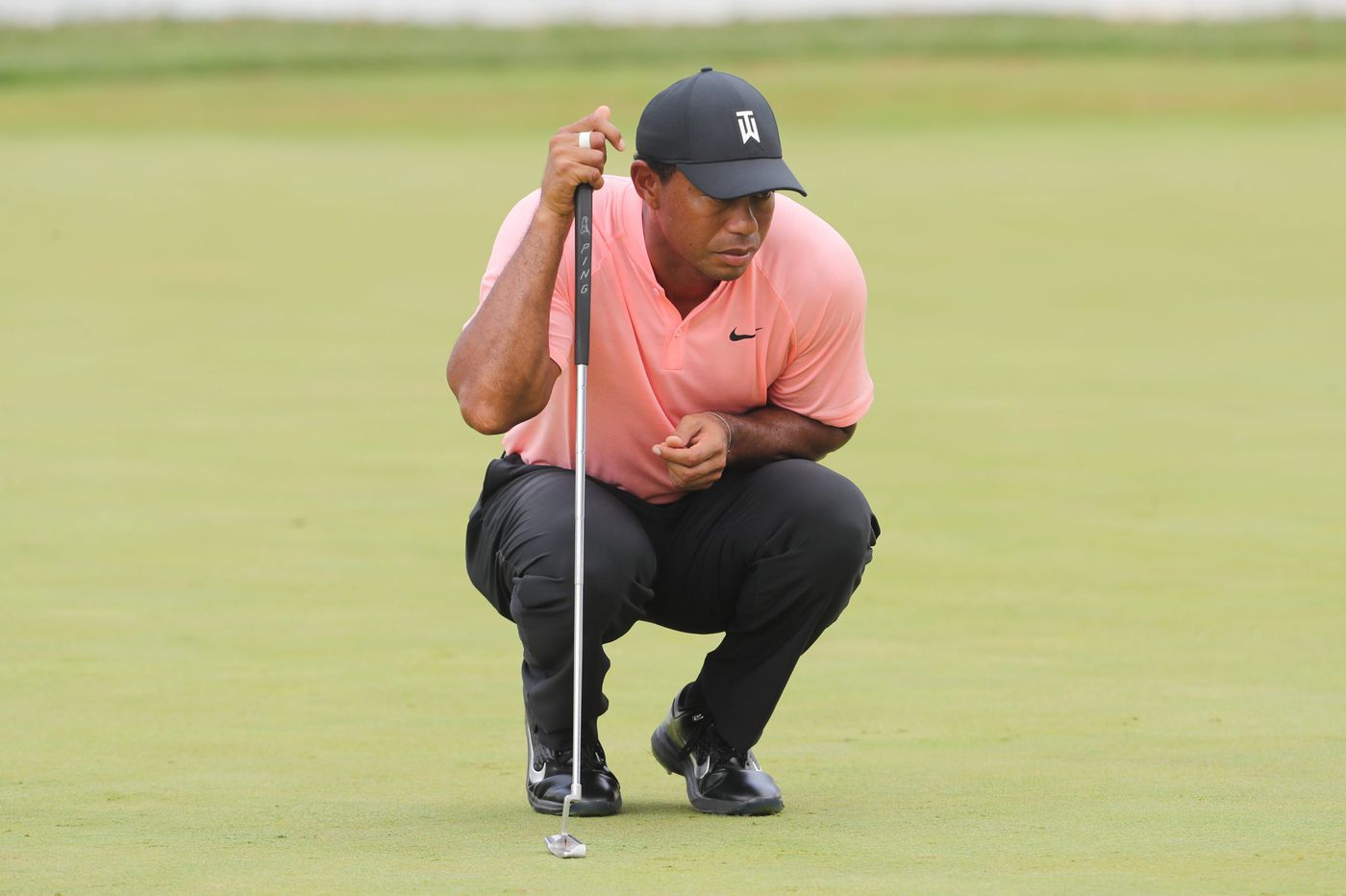 Tiger Woods stays at 8-under midway through BMW Championship