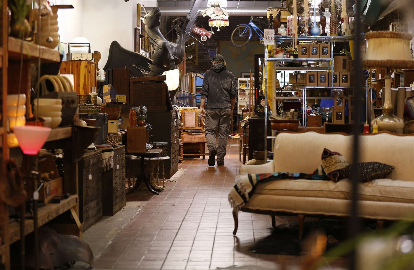 Buying Furniture On The Cheap In Philadelphia Where To Find It