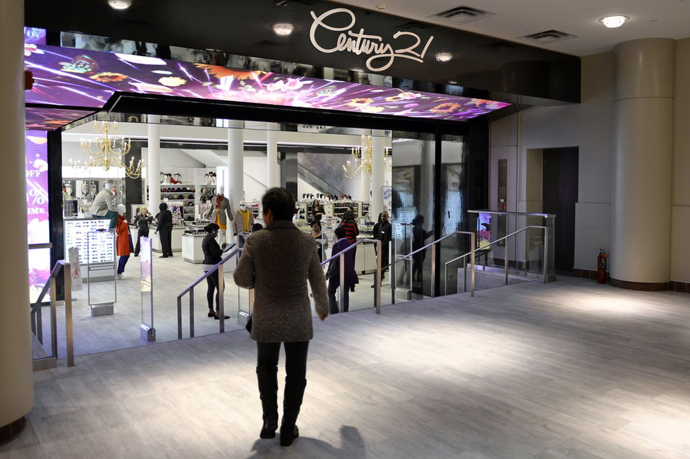 Luxury discount retailer Century 21 is going out of business — shuttering one end of Philadelphia's Fashion District
