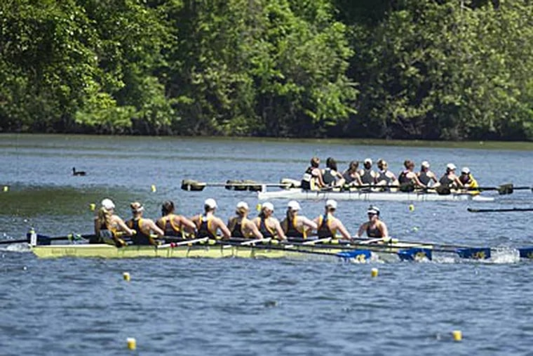 The Drexel women's heavyweight eight pull ahead of the pack during Friday's qualifying heats. (Ed Hille/Staff Photographer)