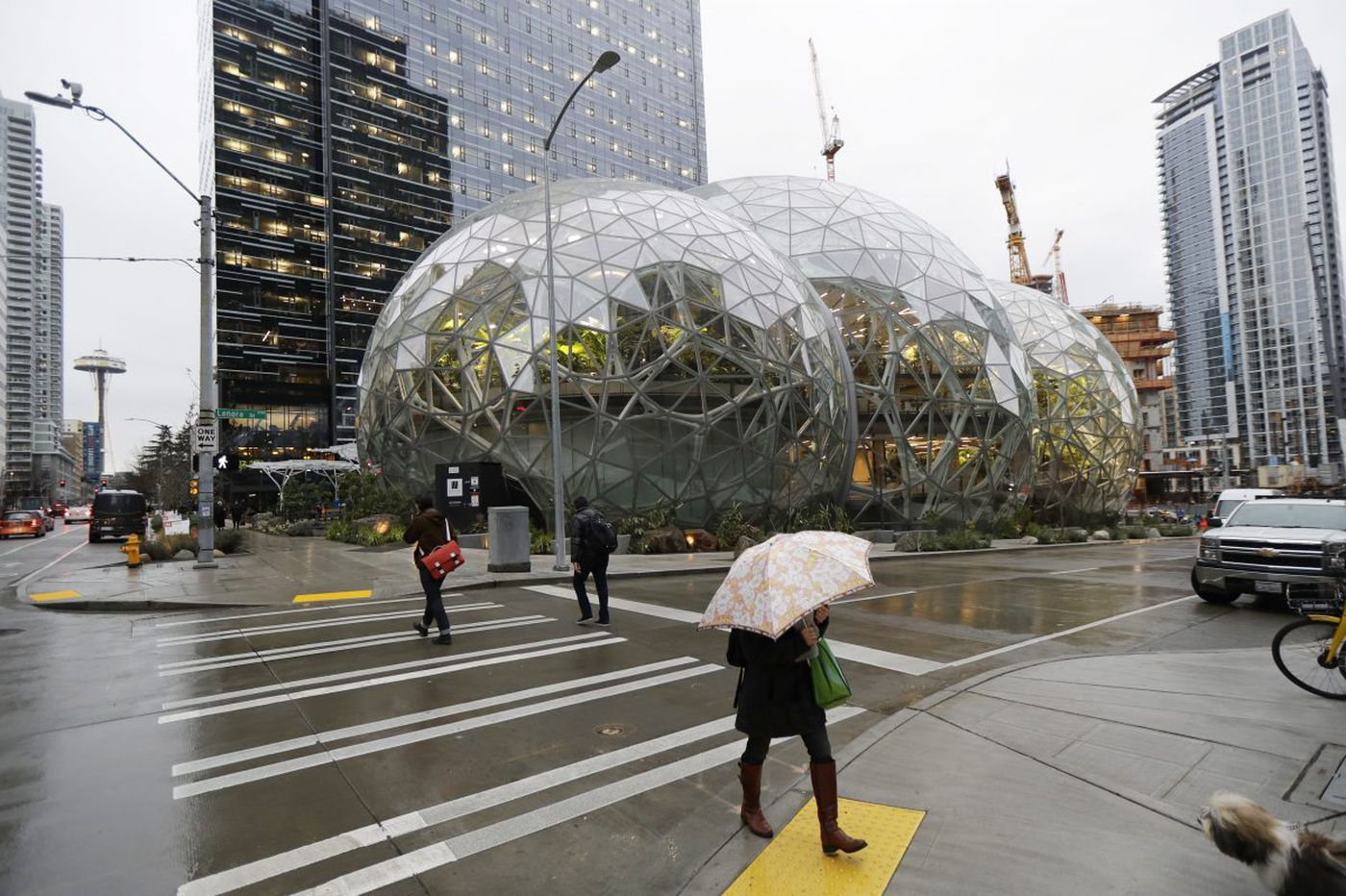 Amazon reps pay visit to Philadelphia to scout HQ2 sites