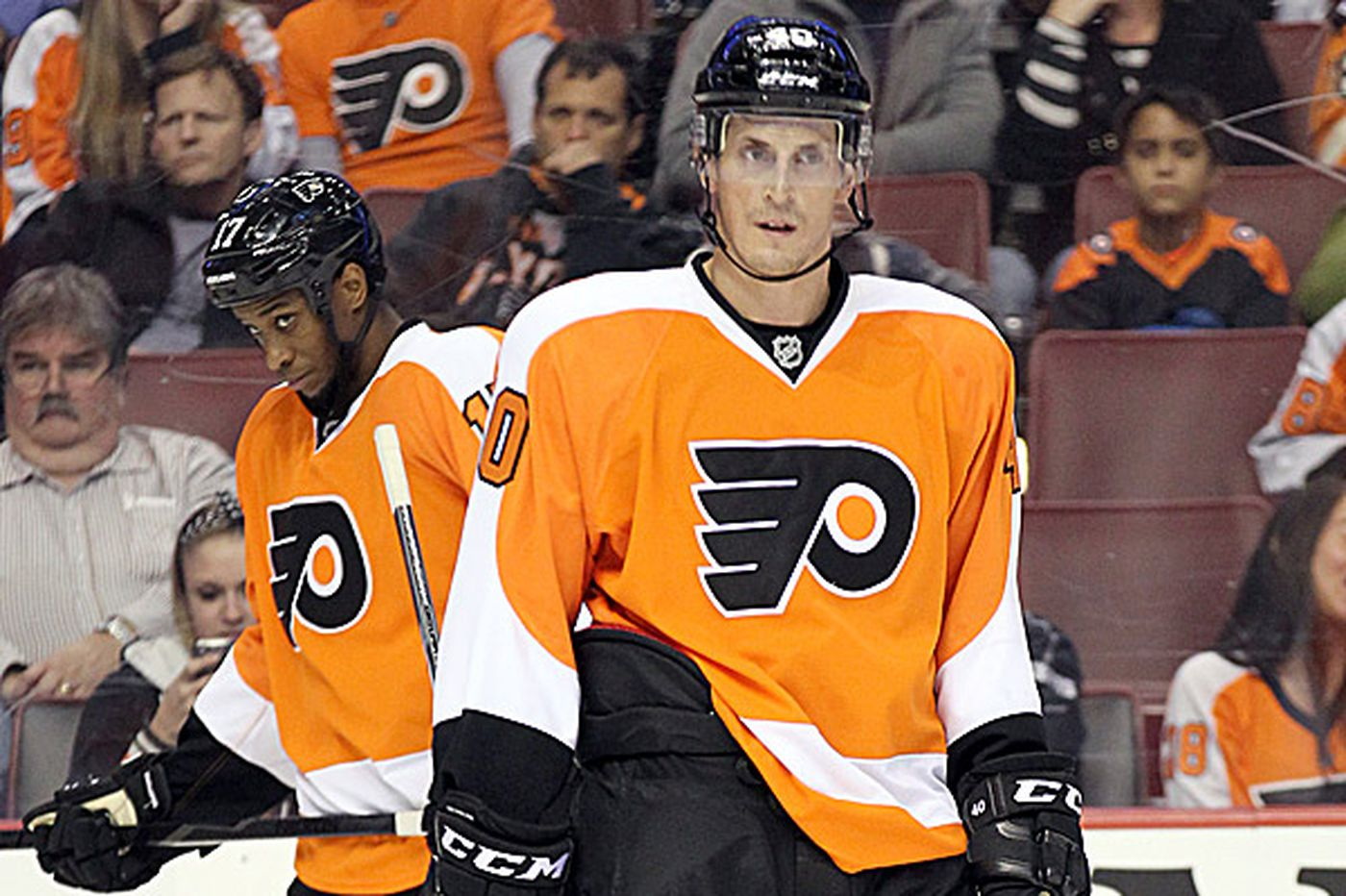 Flyers seek to right ship on West Coast trip
