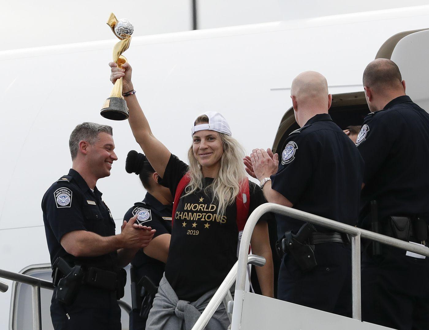 After World Cup title win, Julie Ertz returns to NWSL's