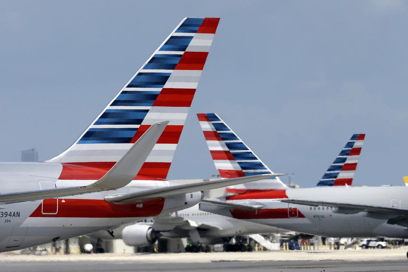 American Airlines and pilots association reach a deal; all flights will fly during holidays