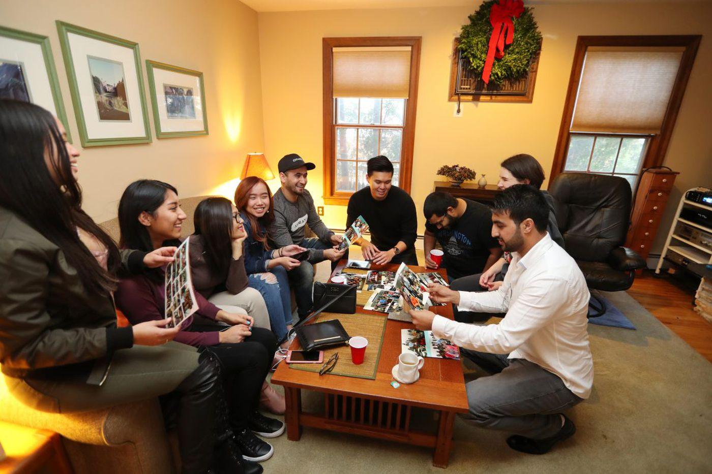 An ESL Thanksgiving: At South Jersey bash, newcomers to U.S. talk turkey | Kevin Riordan
