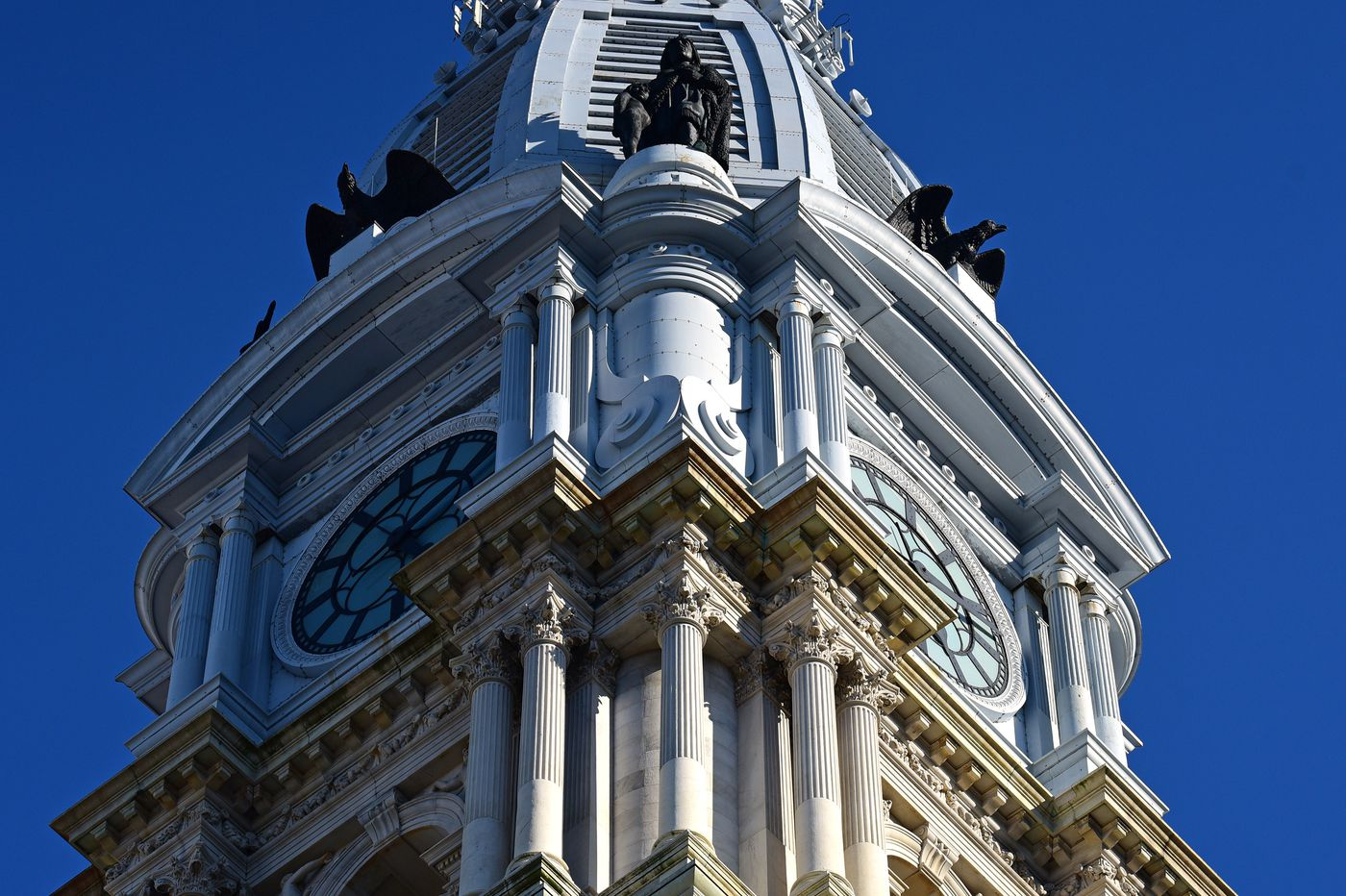 Landlords, safety advocates continue battle over Philly lead abatement bill