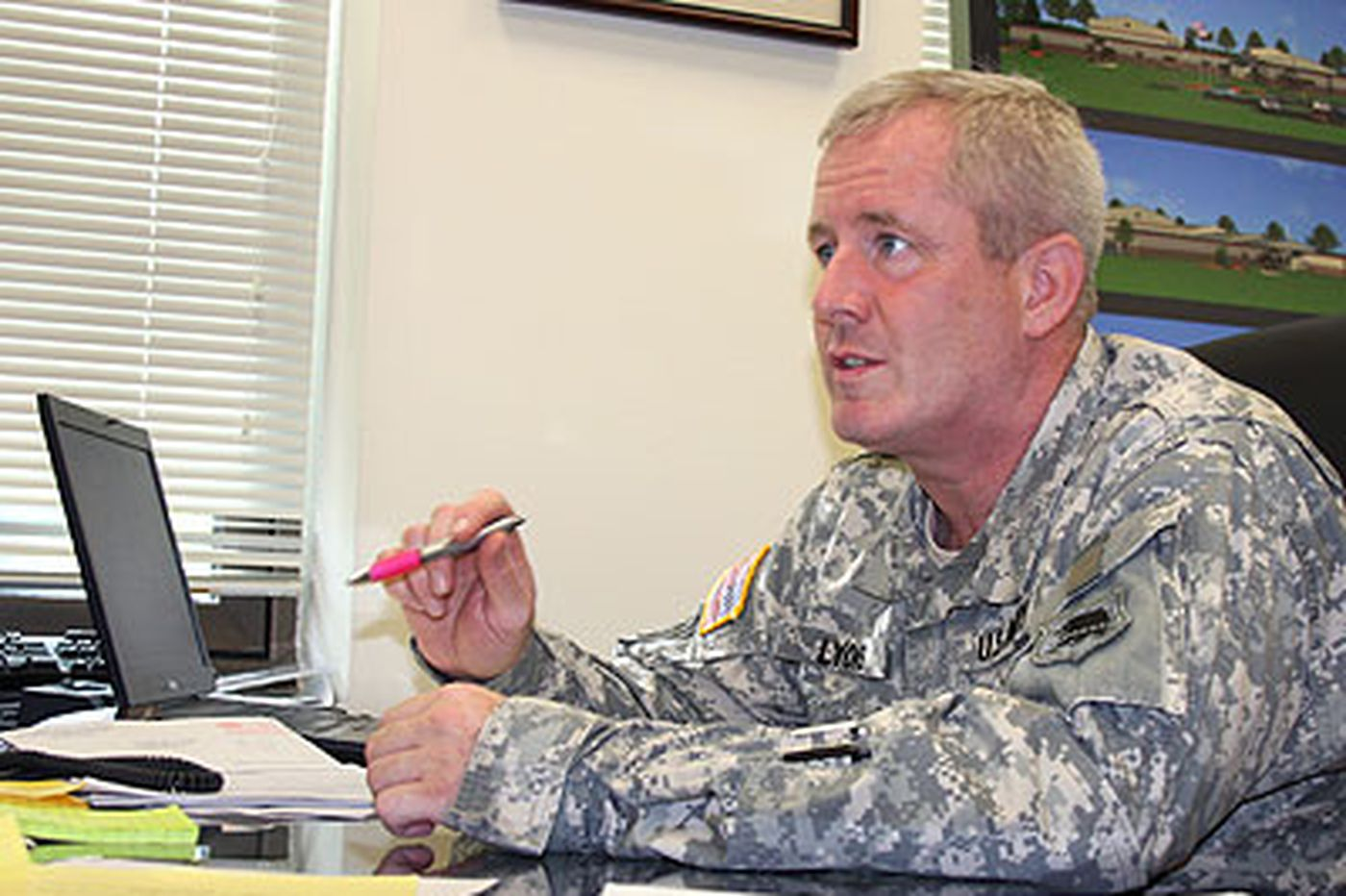 Military enlistment a popular option during recession