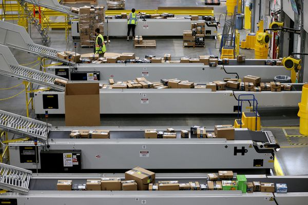 Pain meds and bathroom dashes: A Philly author's time working at an Amazon warehouse