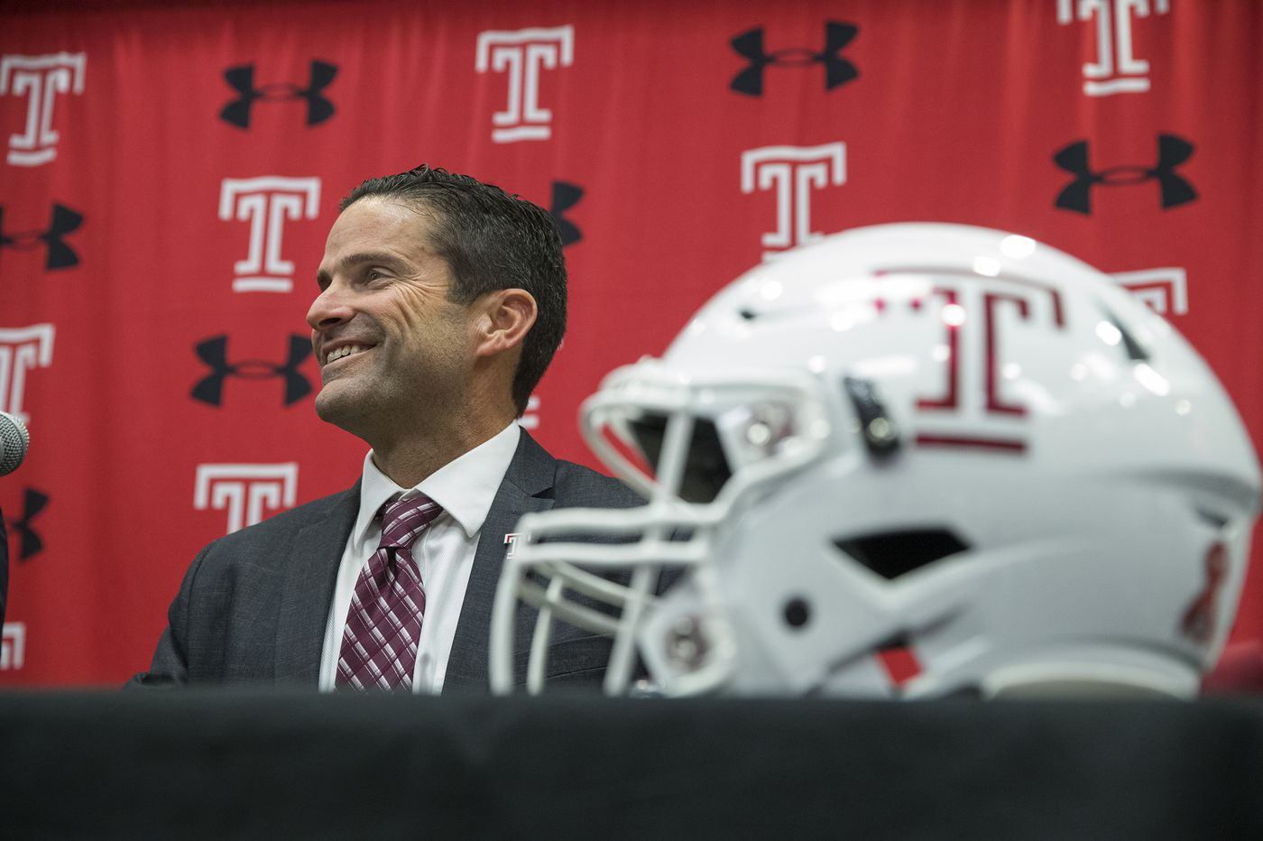 New Temple football coach Manny Diaz makes a favorable impression in his opening news conference