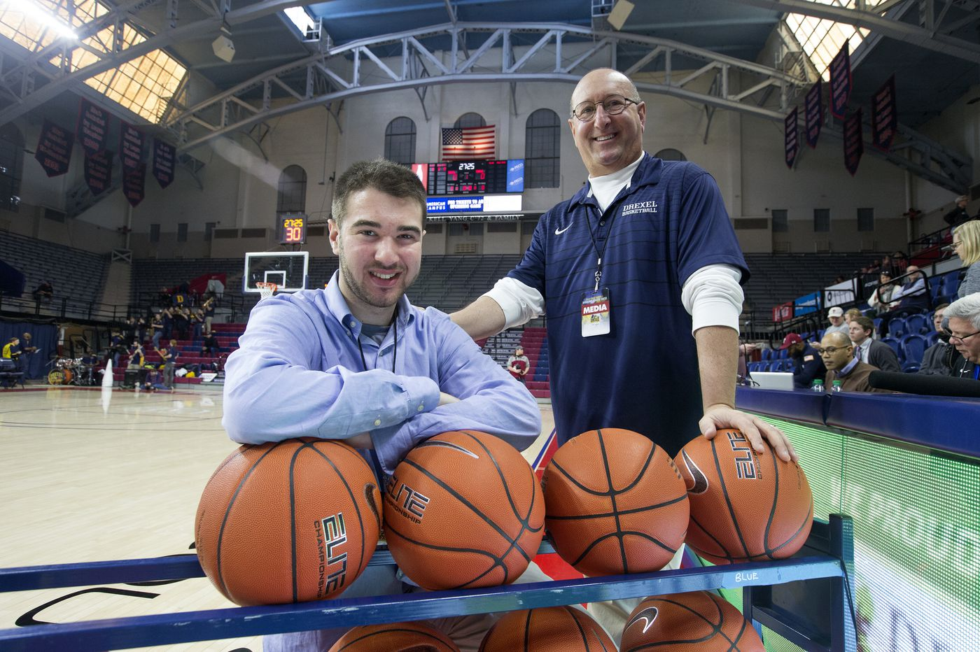 Drexel and Temple give broadcasters Jeff and David Asch a memorable father-son day at the Palestra