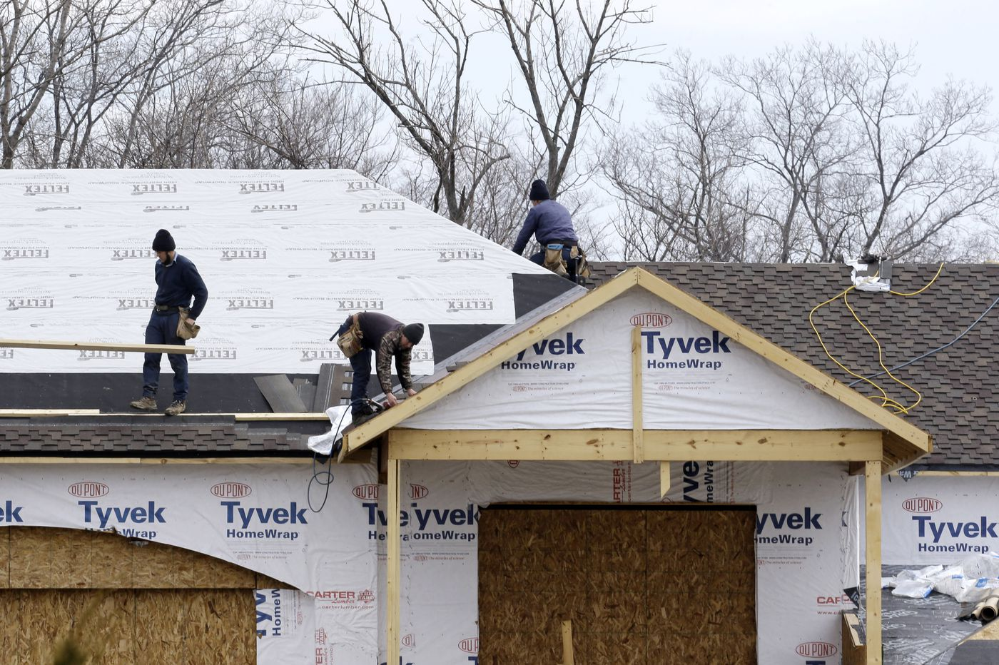Doing roof work in the Philly area? Here's how to pick a roofer