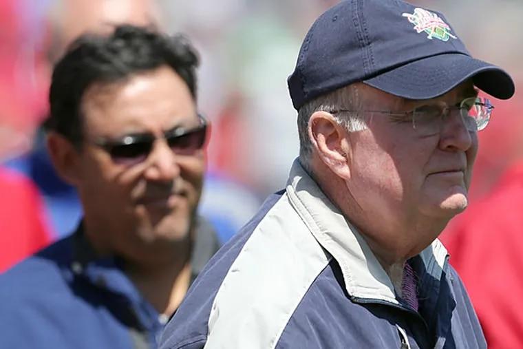 Phillies president David Montgomery and general manager Ruben Amaro Jr.
