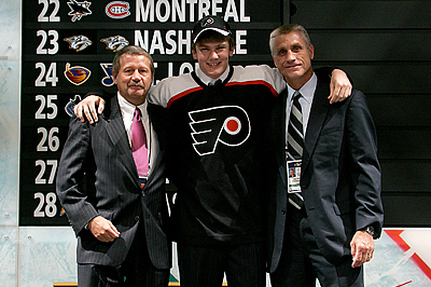 Most of Flyers' picks come late in NHL draft
