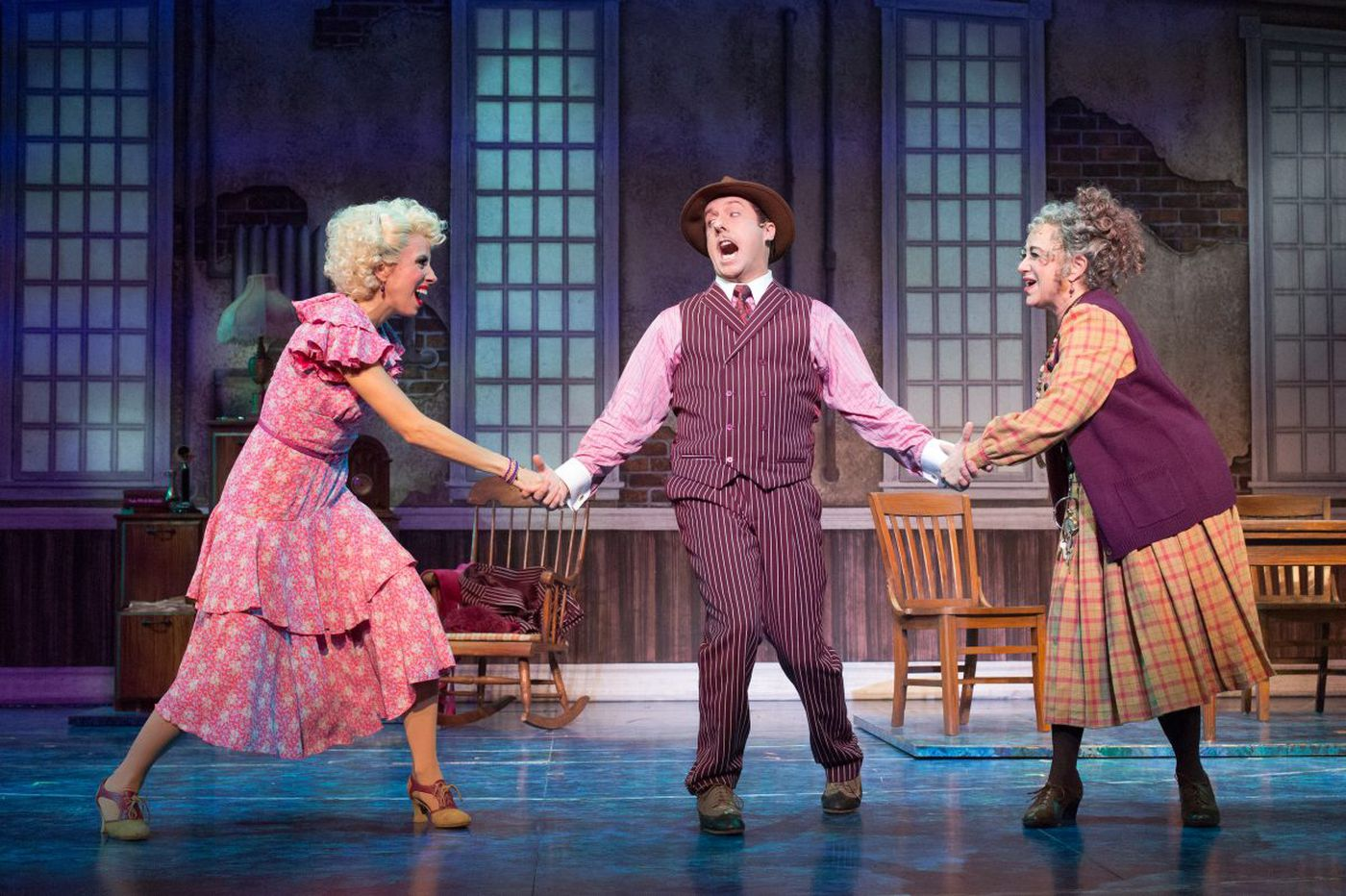 'Annie' duo in Walnut's production are a couple off-stage, too, and baby actor makes three