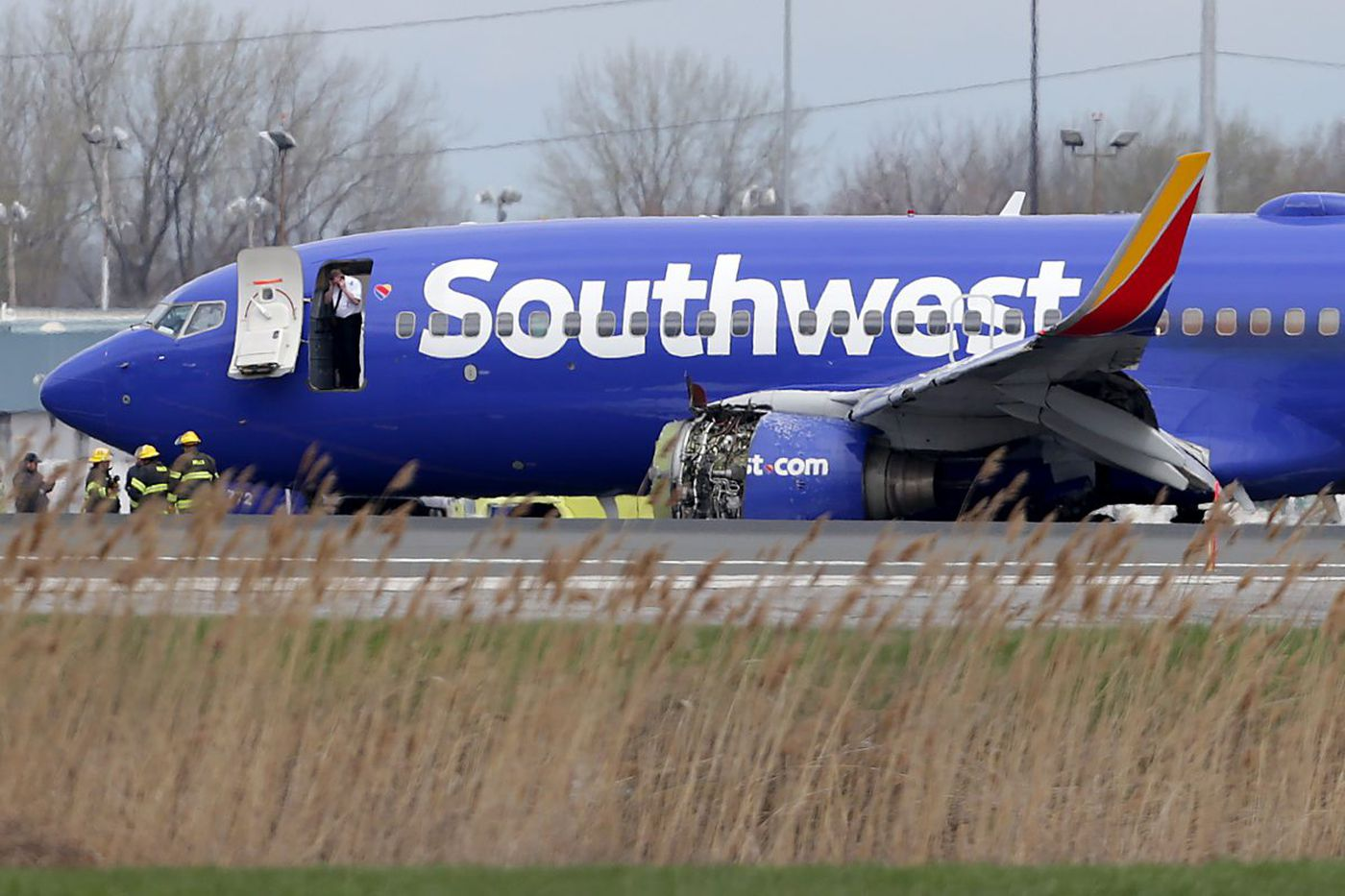 Passengers describe Southwest plane's emergency landing in Philadelphia after engine explosion