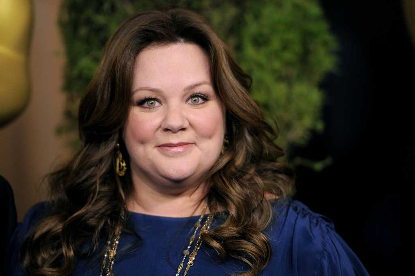 Actress Melissa McCarthy has an early bedtime. Should all adults?