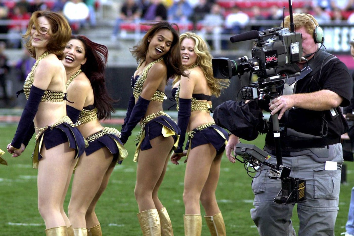 The new XFL: No cheerleaders, DUIs or kneeling during the anthem