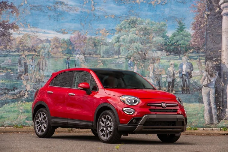The 2020 Fiat 500X is a compact box that's ready for bad terrain but also offers the kind of sportiness that makes drivers just want to zip from place to place.