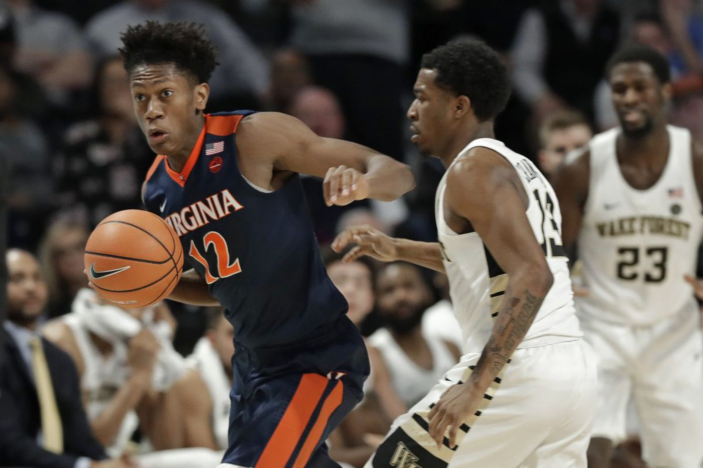 De'Andre Hunter showing a lot of skills (and patience) at Virginia