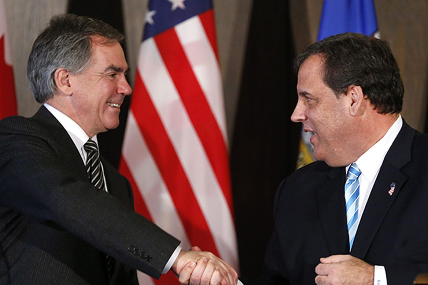 Christie encourages closer ties to Canada