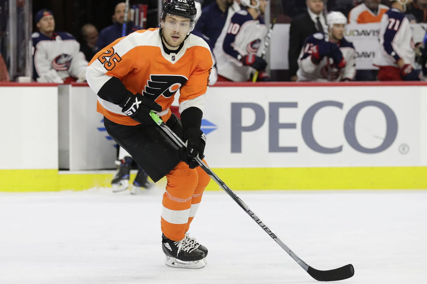 Flyers score six unanswered goals in comeback win over Buffalo Sabres; Claude Giroux collects 4 points