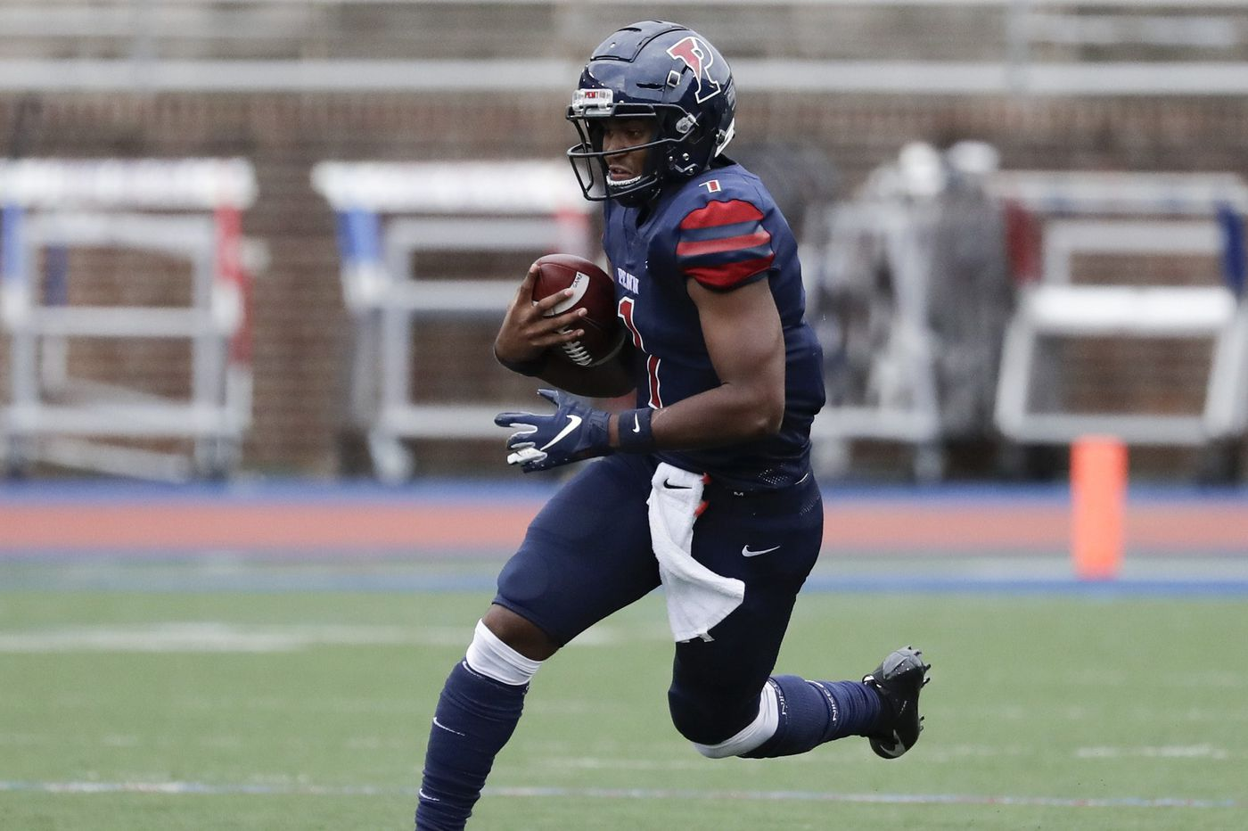 Ryan Glover leads Penn to comeback win over Sacred Heart, 31-27