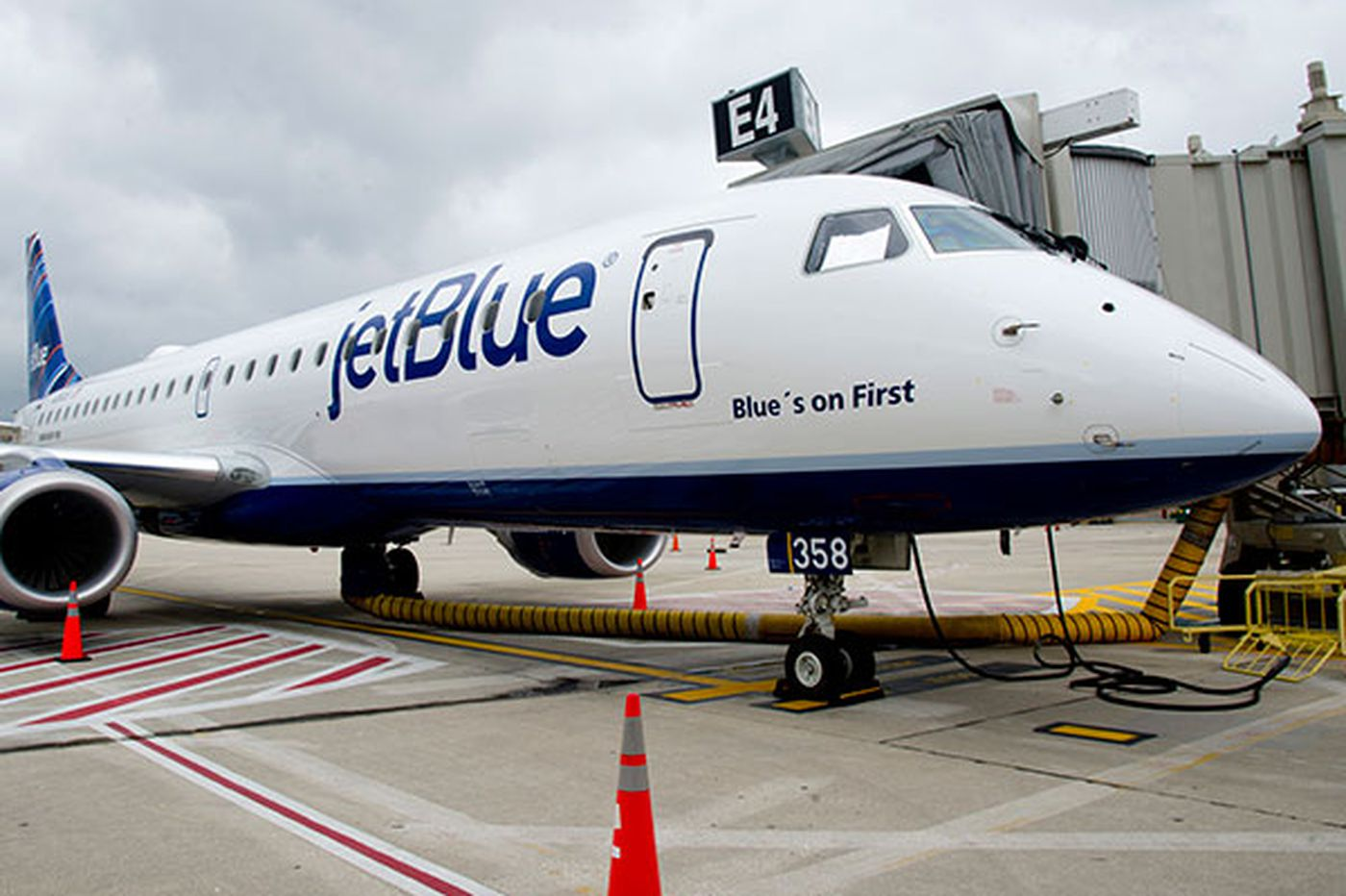 JetBlue profits on Boston-Phila. route