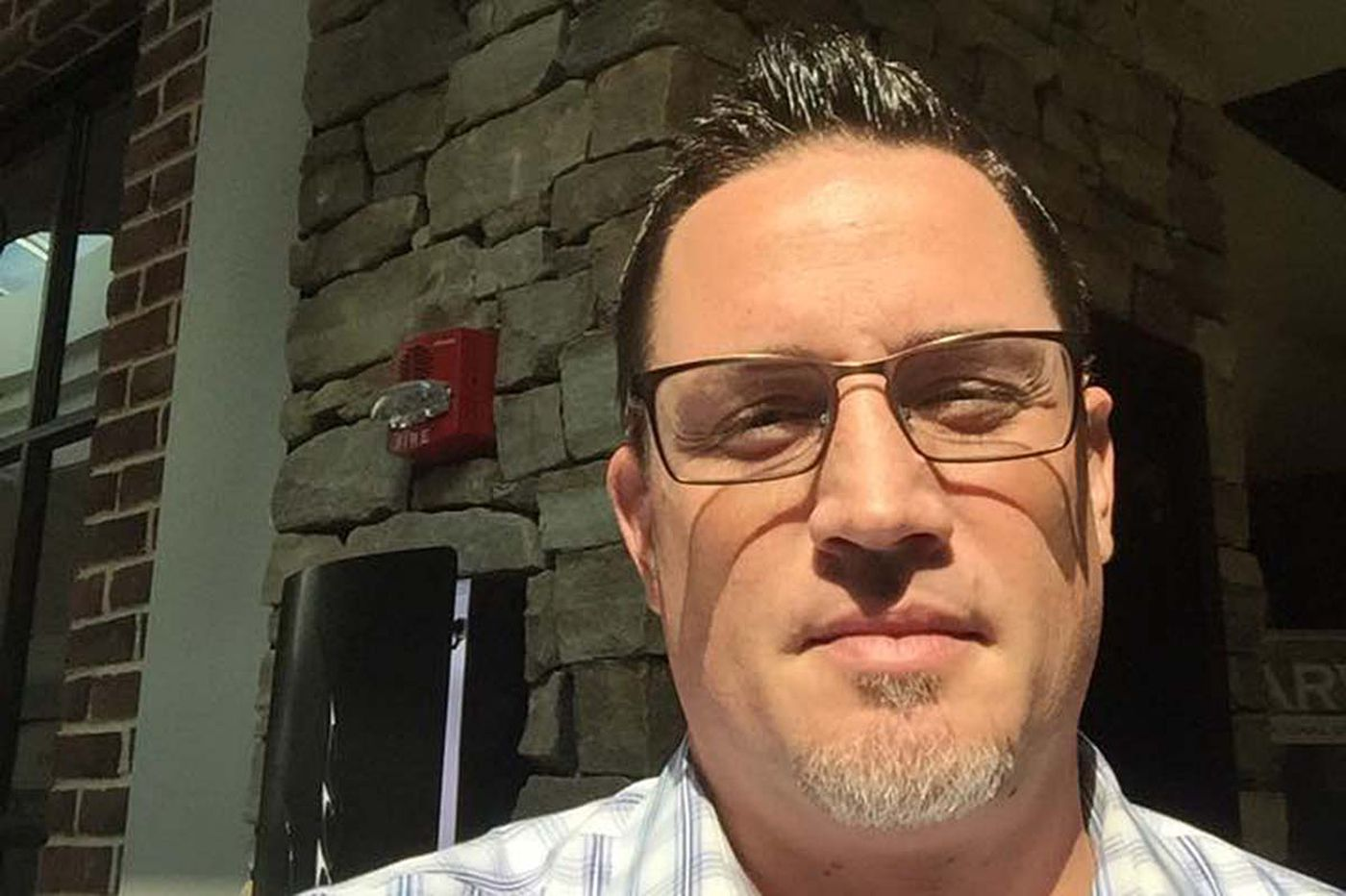 'I was right next to it:' Philly restaurateur lands in midst of Fort Lauderdale airport shooting