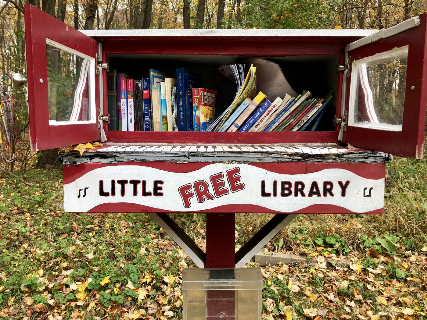 Take A Book Leave A Book Little Free Libraries Are Popping Up Around Philly