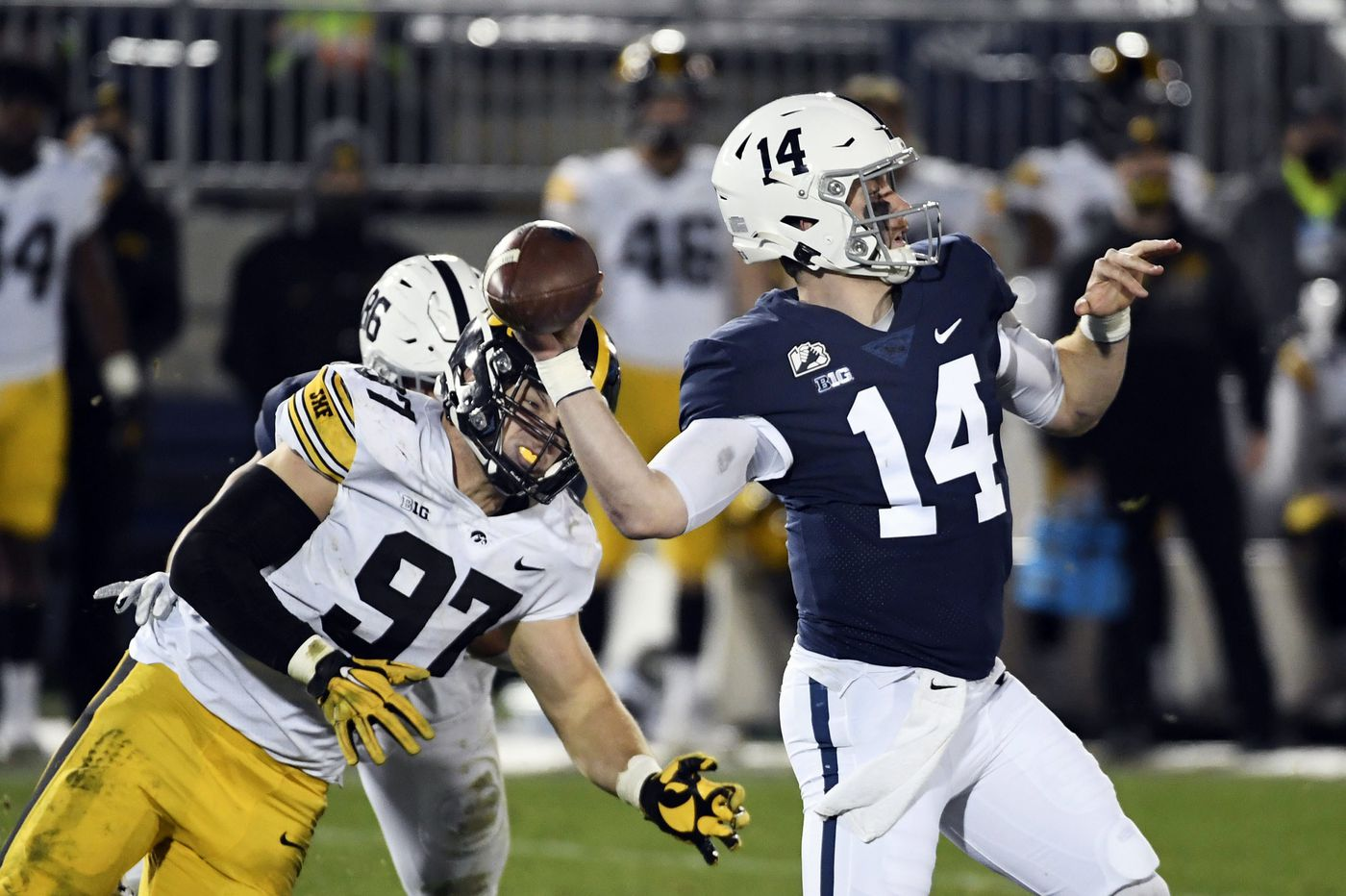 Penn State at Michigan: Which team can overcome its issues better?