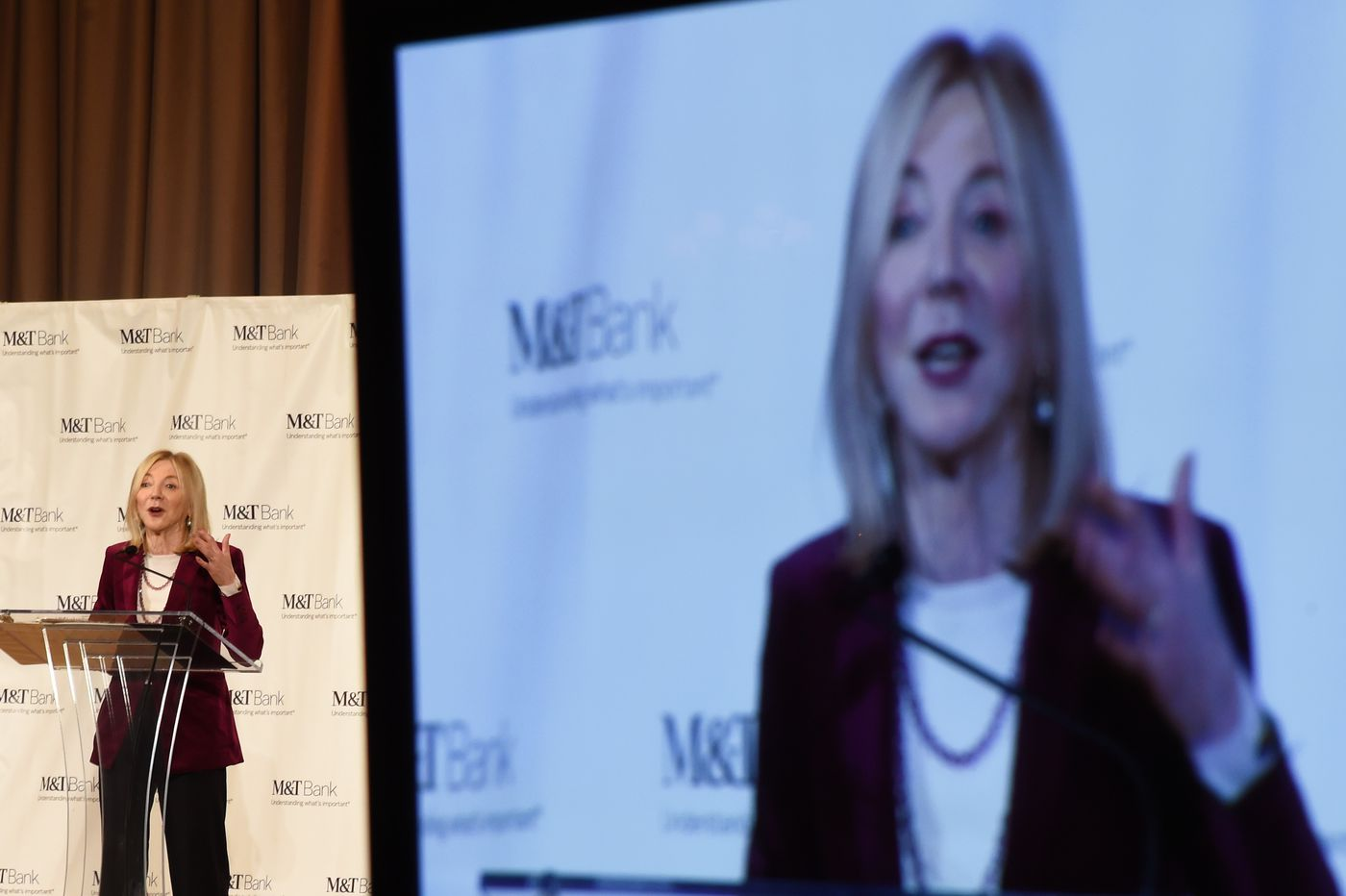 Penn president Amy Gutmann helped prepare report on restoring faith in the media