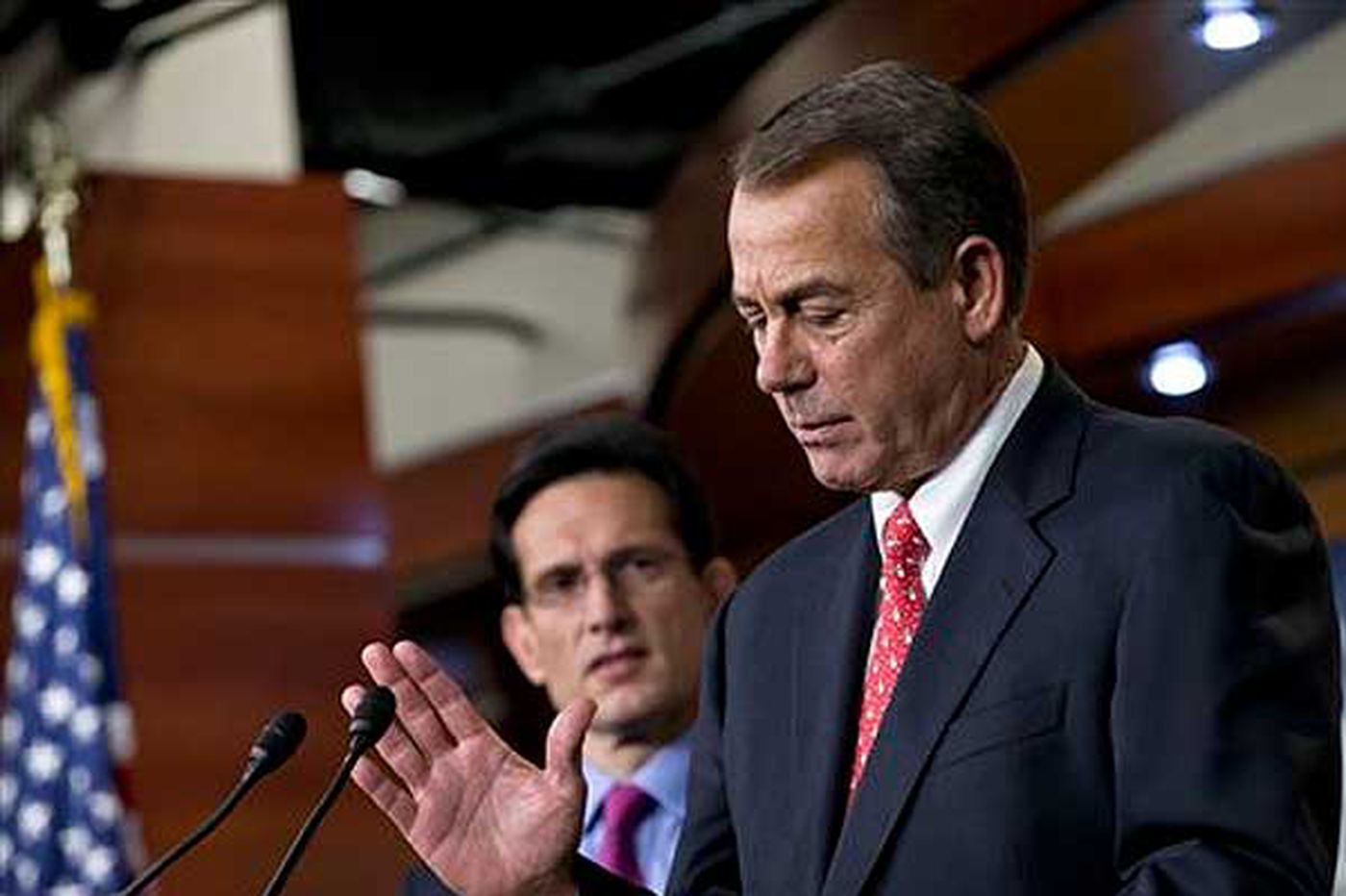 Investment advisers urging clients to be calm about fiscal cliff