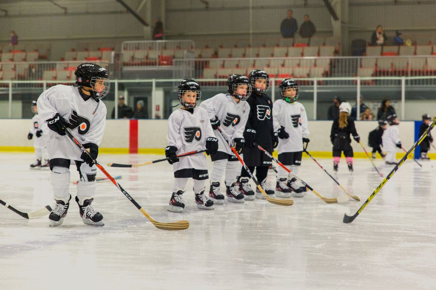 Flyers expand youth development camps in Philadelphia area
