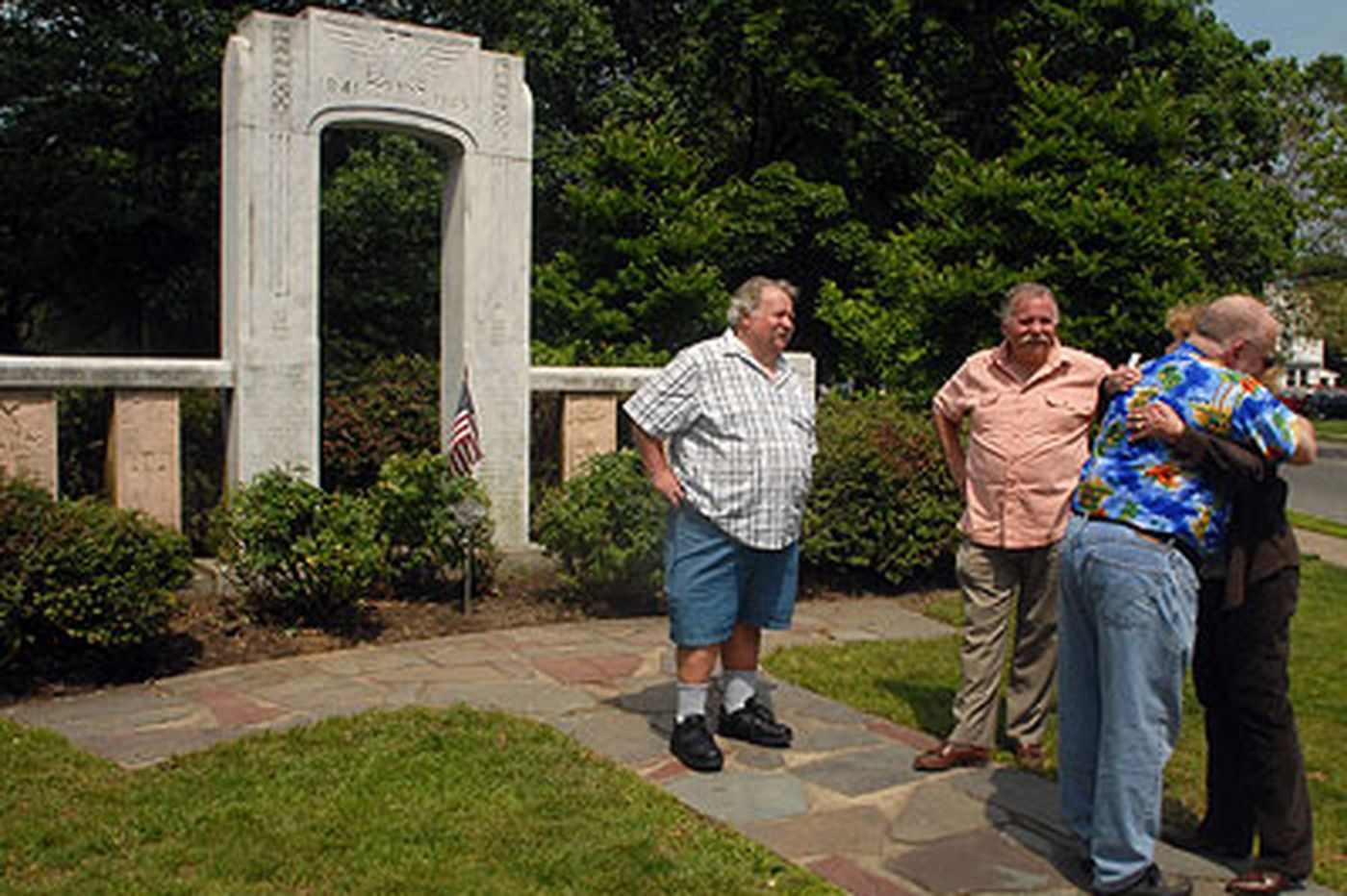 Kevin Riordan: A shared sense of duty finds WWII crash, and widow it left