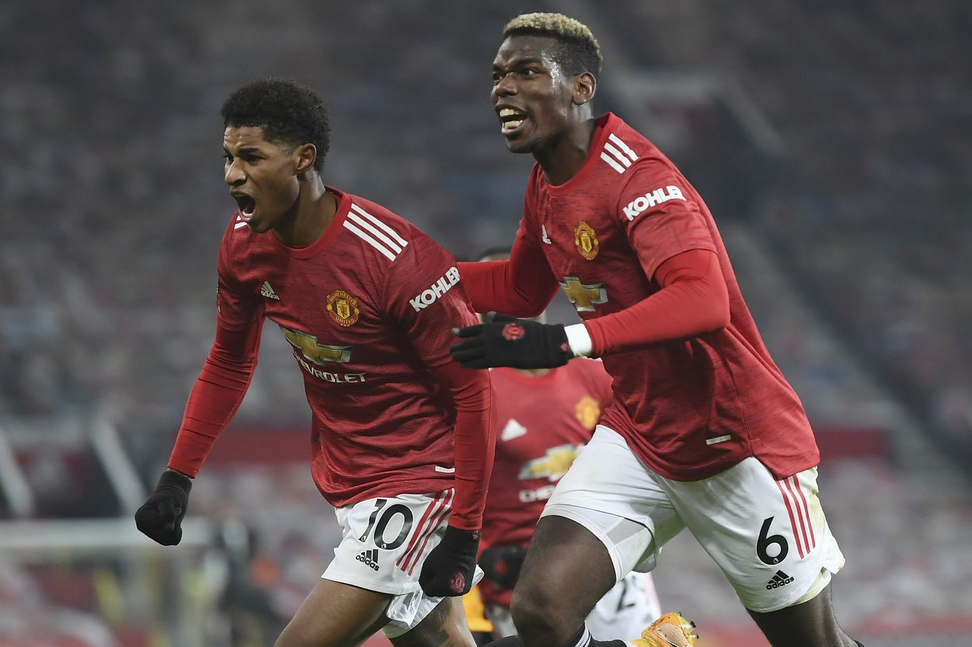 Soccer on TV: Manchester United is one win from the top of the Premier League