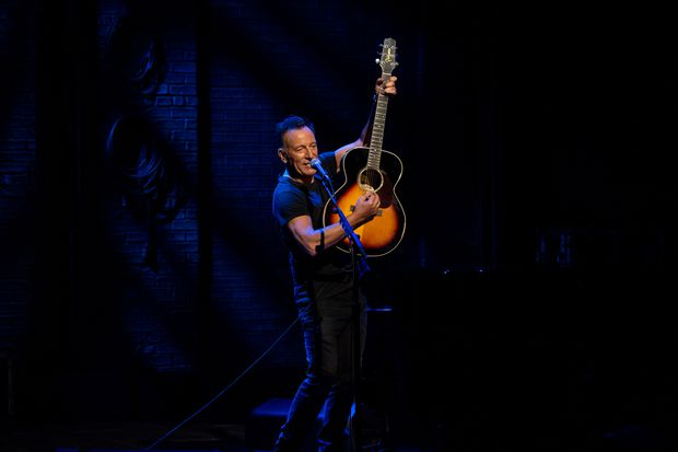 'Springsteen on Broadway' is still magical on Netflix