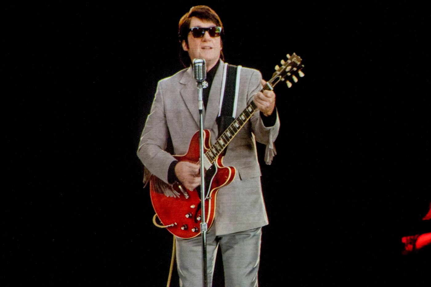 The Roy Orbison Hologram at Parx: So real it's beyond fake