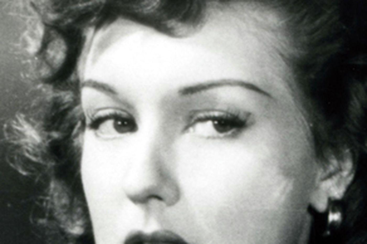 Ann Savage, 87, 'film-noir'star of the 1940s