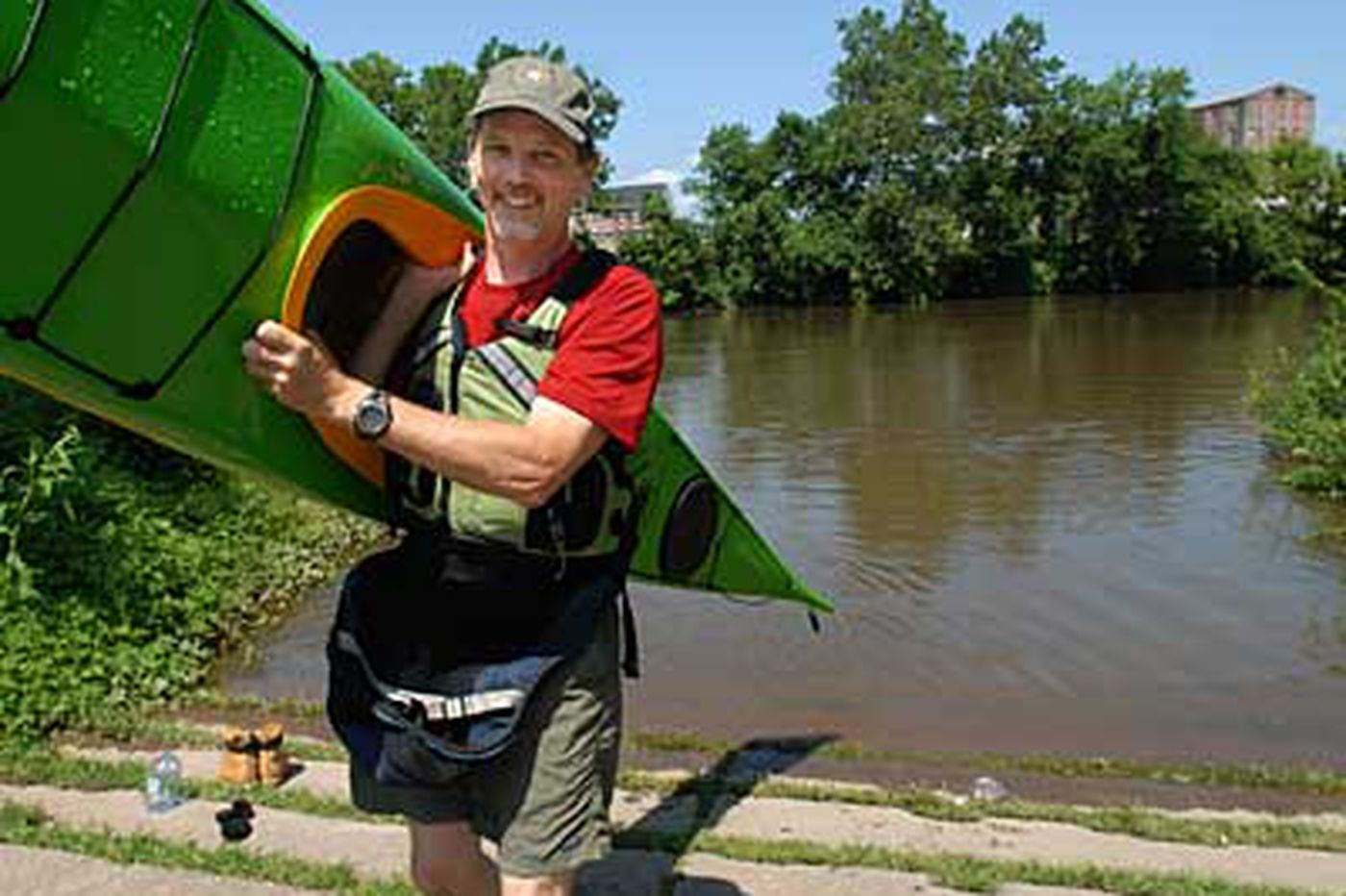 Love of kayaking led to Schuylkill business