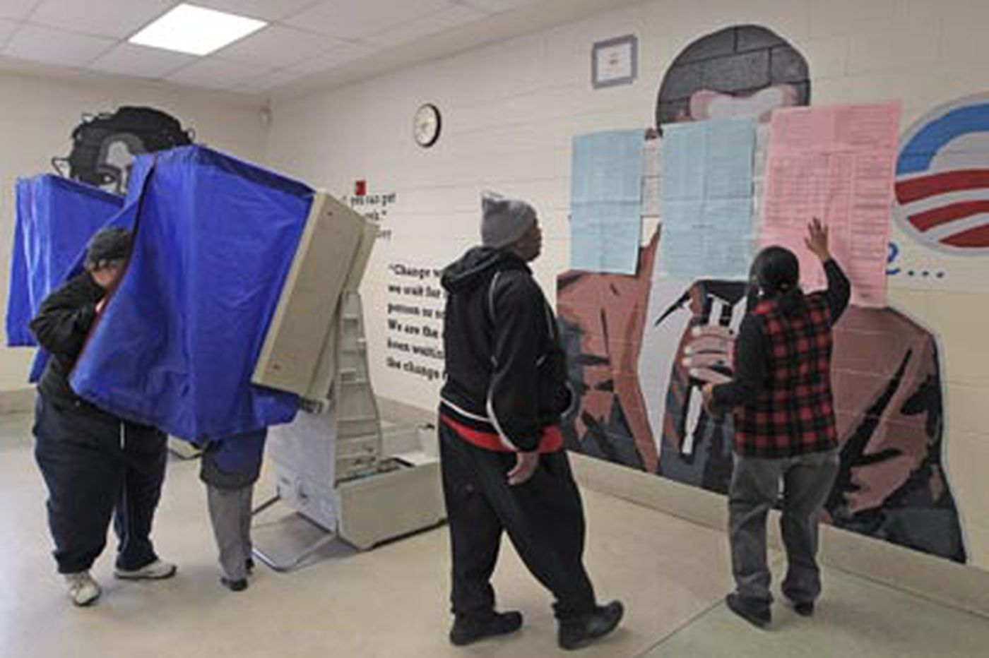 GOP goes to court to cover Obama mural at polling site