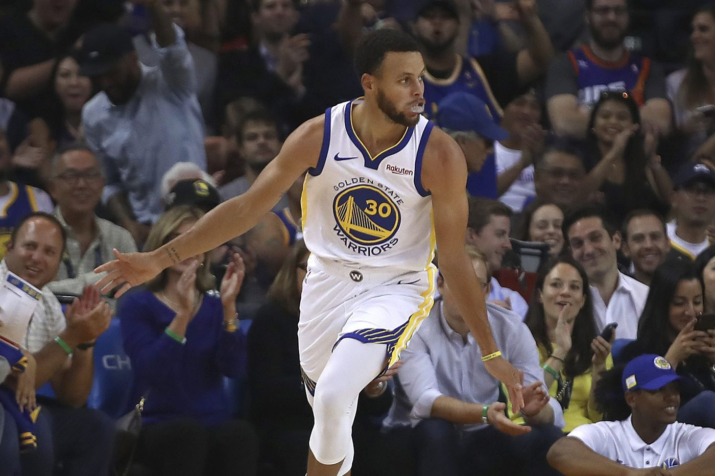 NBA season preview: Vegas odds — yes, the Warriors are favored — key numbers, predictions