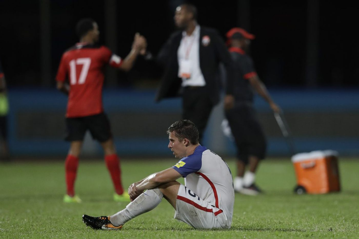 Epic failure of men's national team overshadows the year in U.S. soccer